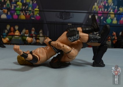 aew-unrivaled-pac-figure-review-bridging-german-suplex