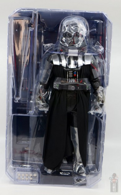 hot toys empire strikes back darth vader figure review - inner packaging