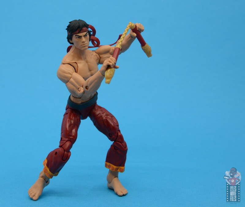 marvel-legends-shang-chi-figure-review-nunchuks-ready