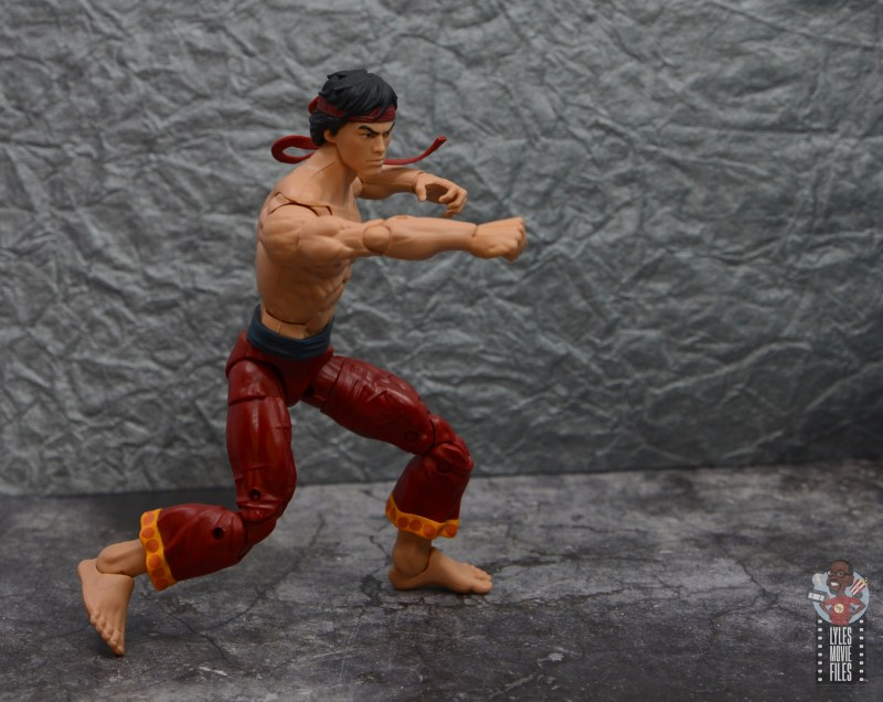 marvel-legends-shang-chi-figure-review-straight-punch