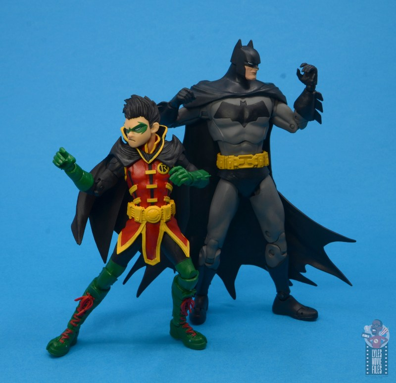 mcfarlane-toys-robin-figure-review-dynamic-duo-in-action