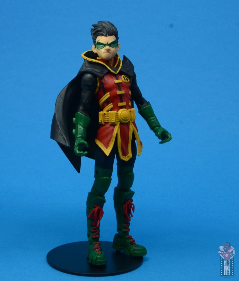 mcfarlane-toys-robin-figure-review-on-the-stand