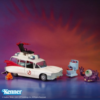 Kenner Classics Ghostbusters Ecto-1 and Ghosts wide