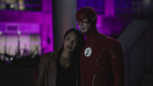 the flash - mother review - iris and the flash