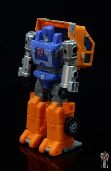 transformers kingdom war for cybertron huffer figure review - left side