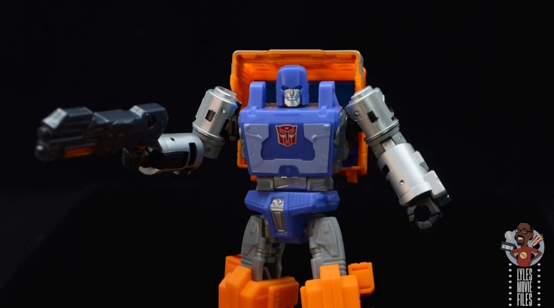 transformers kingdom war for cybertron huffer figure review - main pic