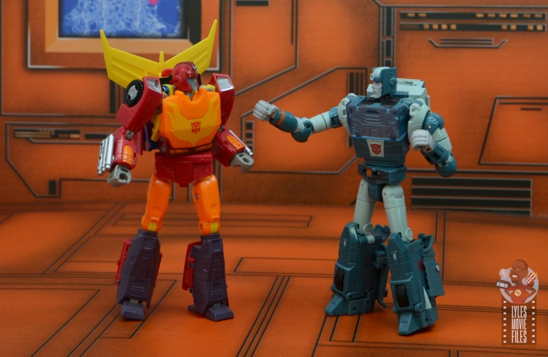 transformers studio series 86 hot rod review - getting chewed out by kup