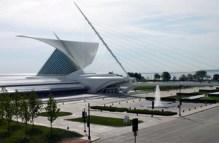 Calatrava Milwaukee Art Museum