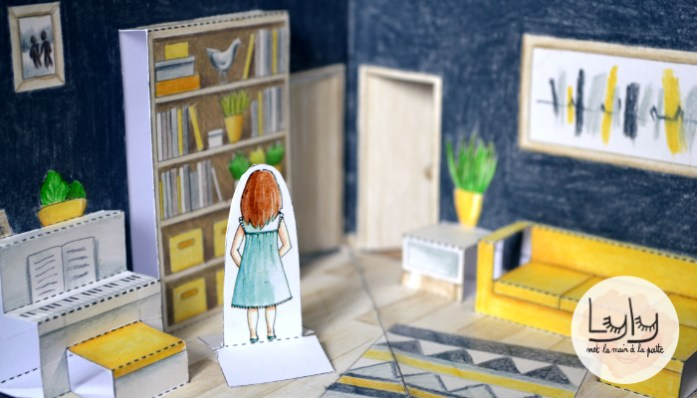 DIY : Tuto à faire avec les enfants : Coloriez et fabriquez un livre pop-up qui en se dépliant devient une jolie maison. Un jouet fait-main personnalisé et qui ne prend pas de place !