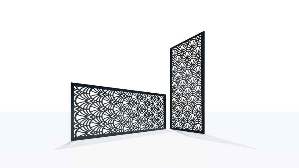 Claustra design motif paon