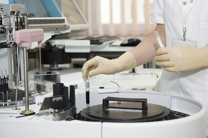 Infectolab - testing in laboratory