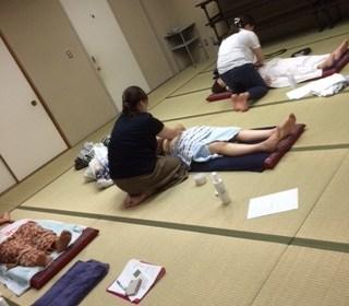 ふくりんぱ ジェルを使った腹部マッサージ方法  takahasi H28.7.22.2