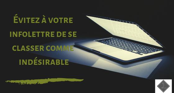 ordinateur sur fonds noir - écrit évitez à votre info lettre de se classer comme indésirable