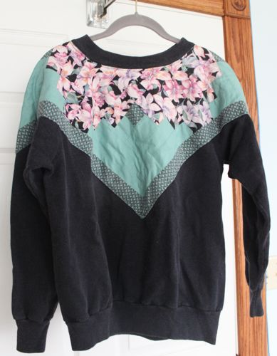 Log cabin pieced sweatshirt neckline