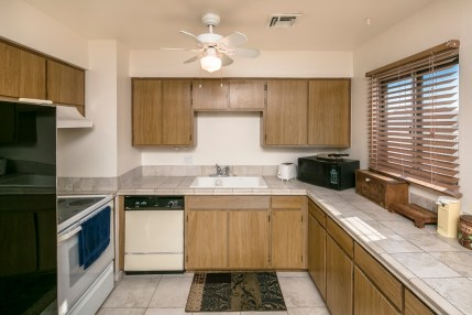 615 Riverboat Dr Lake Havasu City, AZ 86403
