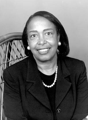 Image of Dr. Patricia E Bath, the amazing woman who helped the blind to see