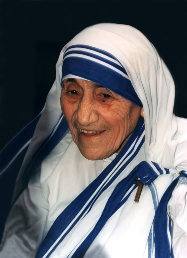 Photo of Mother Teresa in her blue on white habit