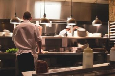 restaurant-922878_1280