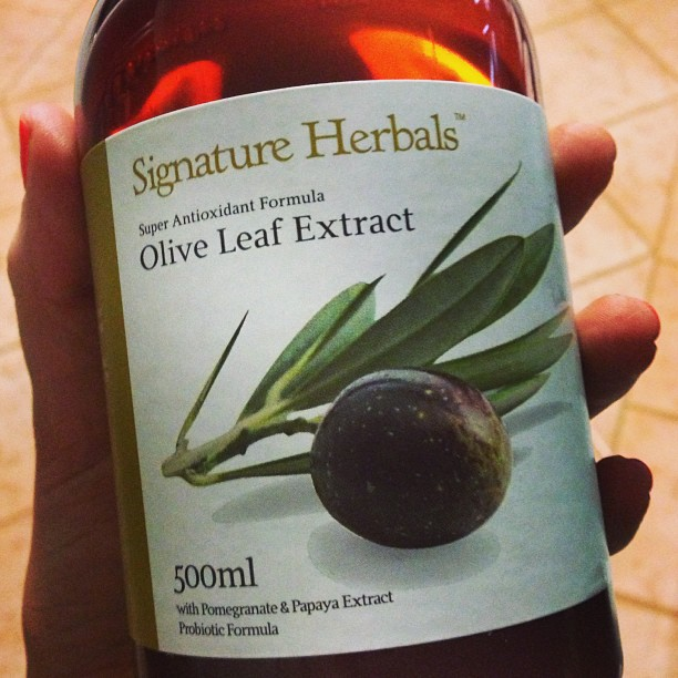 Signature Herbals Olive Leave Extract with Pomegranate and Papaya