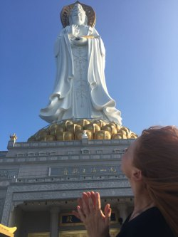 The huge statue of Guan Yin, standing 108 meters high! Taller than the Statue of Liberty.