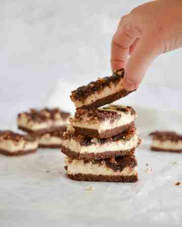 Nutella Swirl Cheesecake Bars