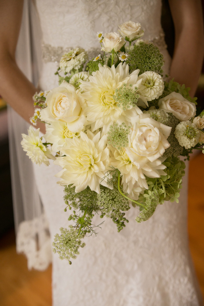 flowers by LynnVale Studios, photo by Laura Ashbrook
