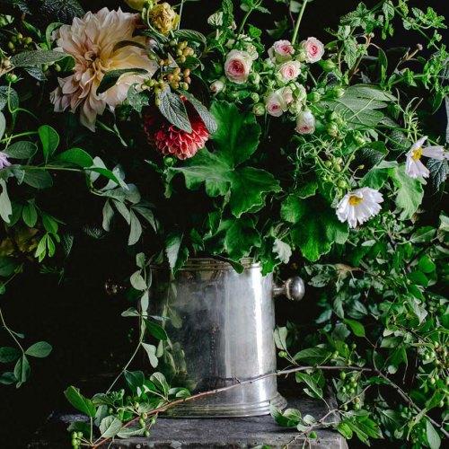 workshop at LynnVale Flower farm, design by Sidra Florman, photo by Kate Headley