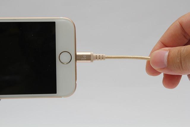 iPhoneのホームボタンが固い!というときの対処