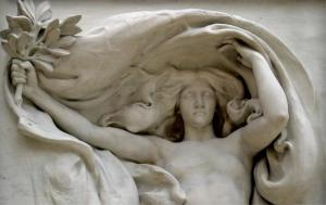 toot toot Mourning Victory by Daniel Chester French, photo by Jayel Draco