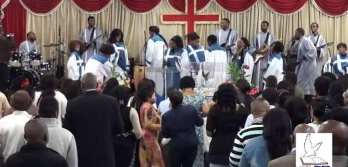 Pasteurs et business des églises de réveil