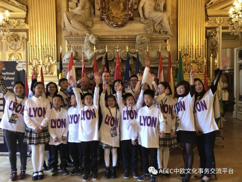 Pluie d'articles en Chinois sur le 10ème Open International d'Échecs de Lyon : des milliers de Visiteurs !
