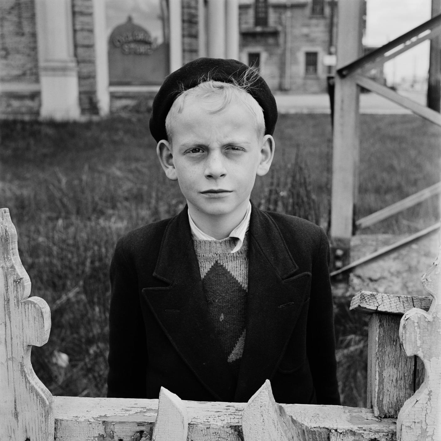 ©Vivian Maier/Maloof Collection, Courtesy Howard Greenberg Gallery, New York.