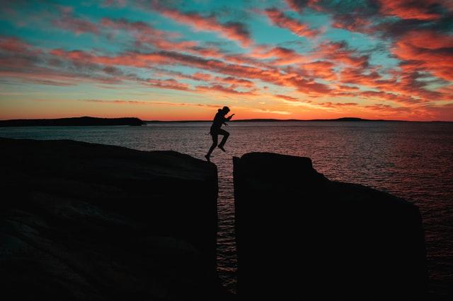 Déconfinement et enseignement à distance: de nouveaux défis, tu relèveras