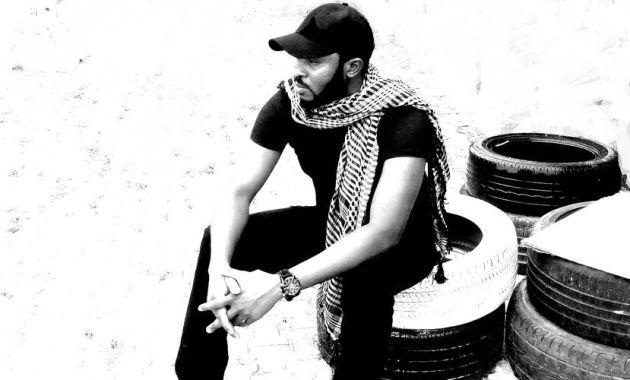 Richard Shekari - Love Has A Place To Stay Lyrics