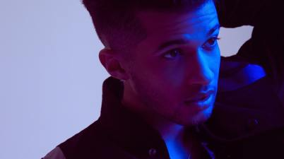 Jordan Fisher - Contact Lyrics