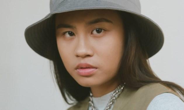 Emily Vu - Self Love Lyrics