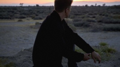 Jeremy Renner - Live For Now Lyrics