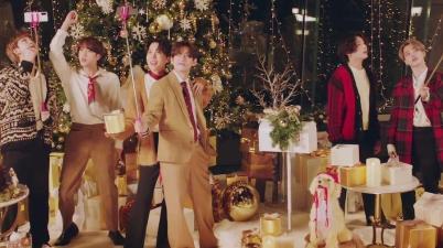 BTS - Dynamite (Holiday Remix) Lyrics
