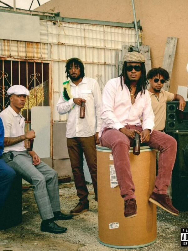 Cochise - Hundred Smackeronies Lyrics