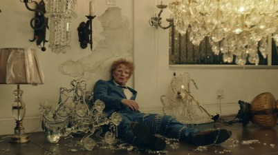 Ed Sheeran - Shivers Lyrics