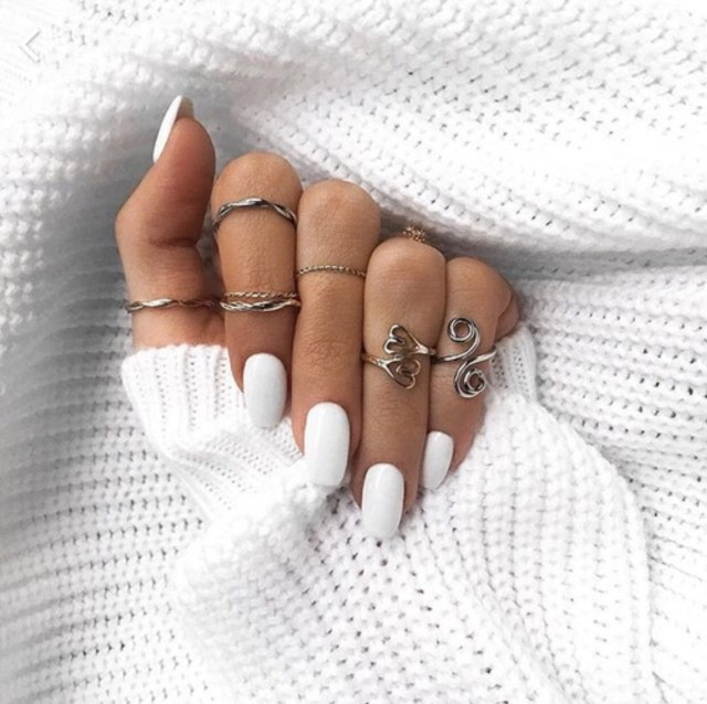 What Does Your Nail Polish Color Say About You? Lysa Magazine White Nail Polish