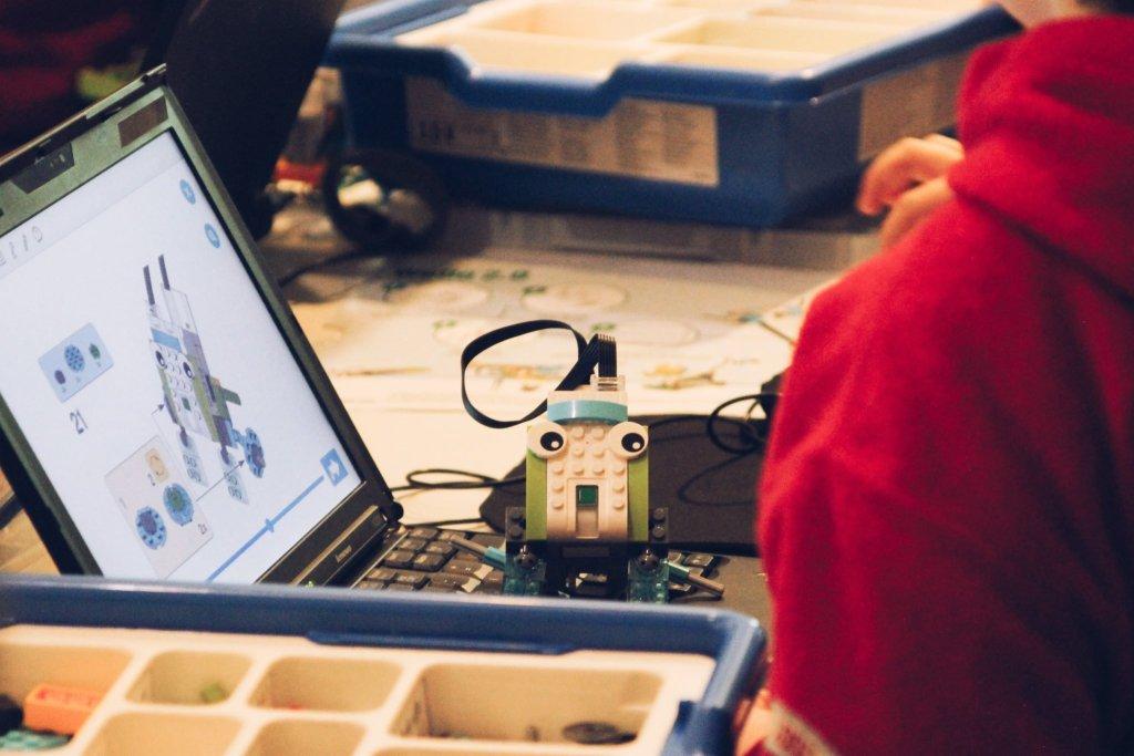 ROBOTYKA LEGO DLA DZIECI