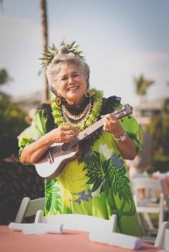 hawaii - luau - singer - performer - portrait - photo of hawaii