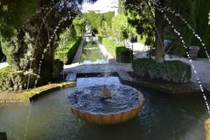 fountain-326273_1280