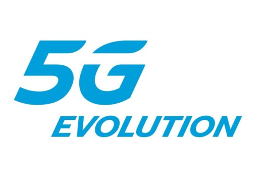 Verizon and AT&T can't stop arguing about each other's misleading 5G advertising