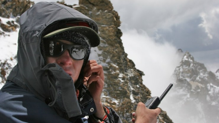 Satellite phones have been banned in several countries around the world after terrorist attacks. - Hold on! Apple's iPhone 13 - illegal for 40% of the world's population due to satellite connectivity?!
