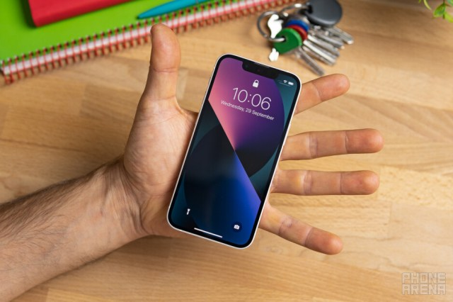 Tiny! - I switched from big Android phones to the iPhone 13 mini: Any regrets?
