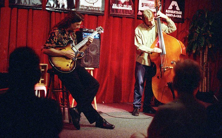 These guys had a long-standing duo scene in New Mexico: Lewis Winn & Jon Gagan -- old Outpost Performance Space -- June 16, 1997 -- photo by Mark Weber