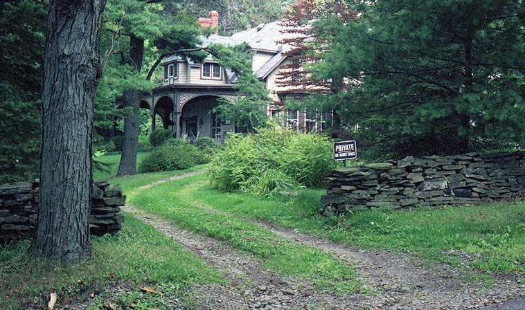 "Quarry Farm, summer home of Mark Twain the man who wrote ""The difference between the right word and the almost right word is the difference between lightning and the lightning bug"" -- photo by Mark Weber, August 29, 1996 Elmira, upstate New York (my wife Janet's hometown)"