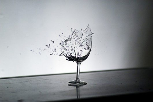 5941-wine-glass-shattering